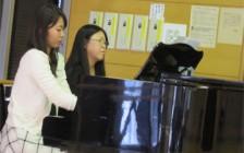 鈴木先生がいつになく真剣です (笑)生徒は鈴木先生が真剣な時がわかるそうです。